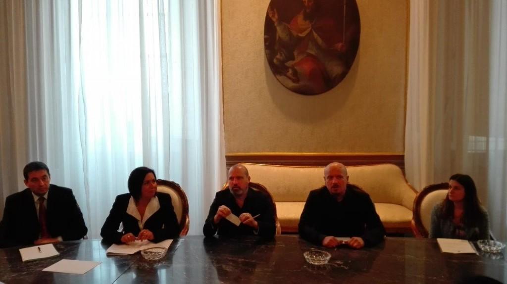 Da sx: Filippo Brandolini, Paola Gazzolo, Stefano Bonaccini, Davide Drei, Cristina Nicoletti.