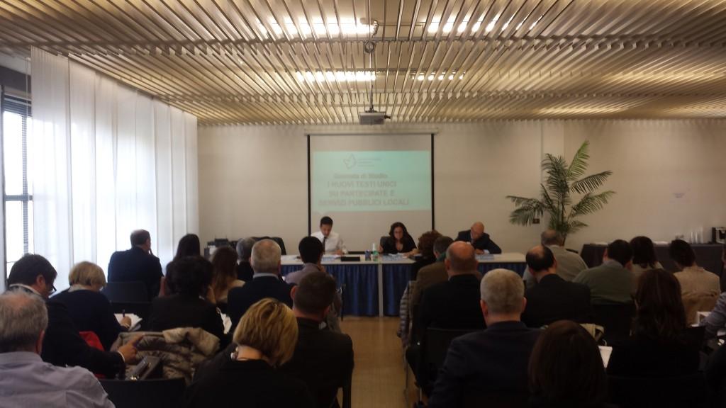 Un'immagine del seminario organizzato da Confservizi ER in collaborazione con Utilitalia.
